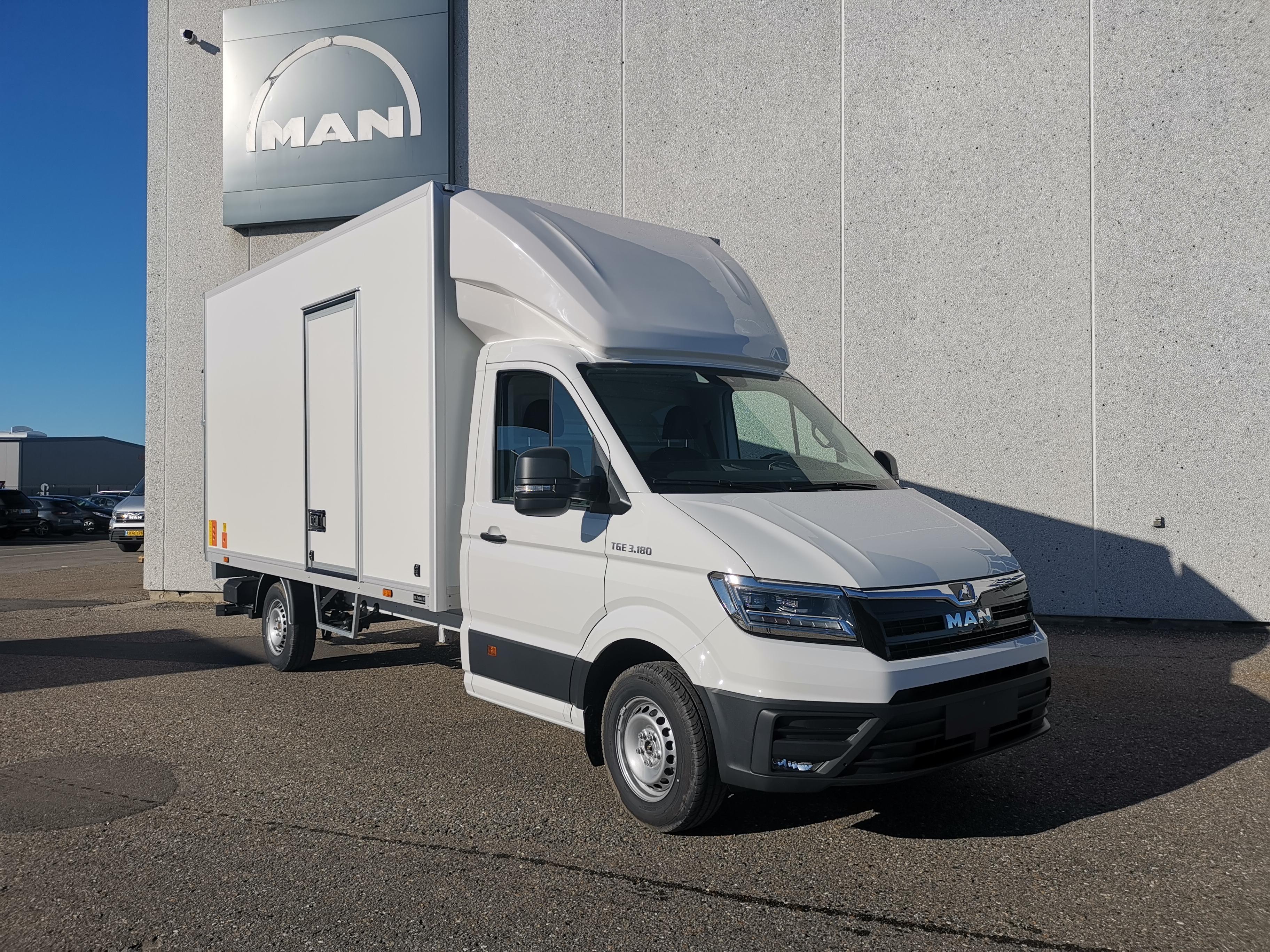 Model: MAN TGE 3.180 L4 FHT A8 – Box/Lift